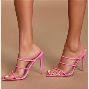 Neon pink tristrap heel size 10